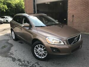 VOLVO XC60 T6 2010 AUTO / AWD / AC / MAGS / CUIR !!