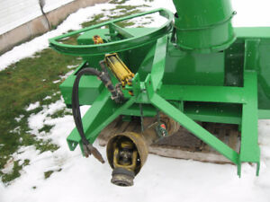 """60"""" LUCKNOW SNOWBLOWER FOR COMPACT TRACTOR"""