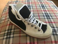 Basket ball boots