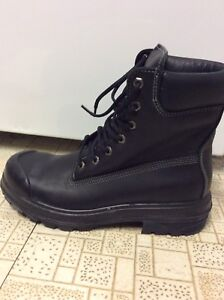 Brand new woman size 8.5/man size 7.5 steel toe work boots