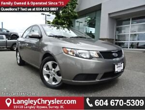 2010 Kia Forte 2.0L EX W/ NAVIGATION, REAR-VIEW CAMERA & HEAT...