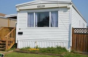 Well Maintained Mobile Home in Camrose for Sale!