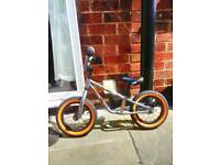 Mongoose balance bike