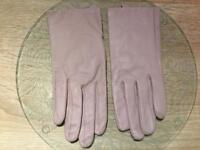 Lilac/pink small ladies gloves