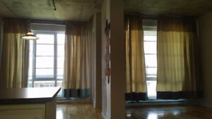 800ft2 Concrete loft condo next to Canal, Atwater (incl parking)