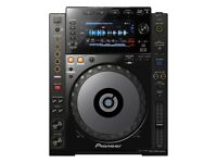 1X CDJ 900 NEXUS with FREE NEW DUST COVER