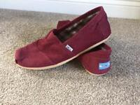 TOMS Burgundy Suede Corduory Espadrilles Size 10