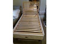 Electric adjustable single beds