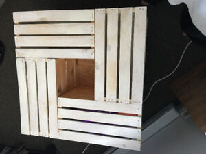 Needs to leave Asap Crate Coffee table
