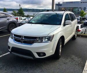 2012 Dodge Journey SXT in excellent condition