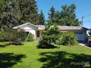 Homes for Sale in Main Street, Bloomfield, Ontario $375,000