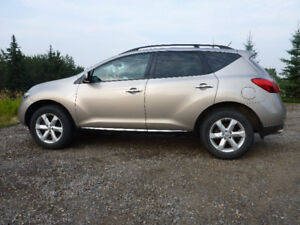 2010 Nissan Murano SL AWD SUV -LOW KMS- SALE BY OWNER NO GST