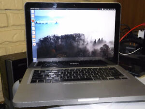 "Used MacBook Pro 13"" Mid-2009 w/Ubuntu"