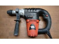 BLACK AND DECKER KD1001 ROTARY SDS HAMMER DRILL