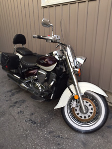2013 Suzuki Boulevard Low mileage - Must Sell