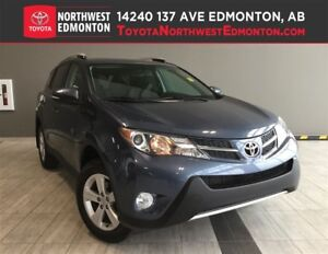 2014 Toyota RAV4 XLE | AWD | Heat Seats | Backup Camera
