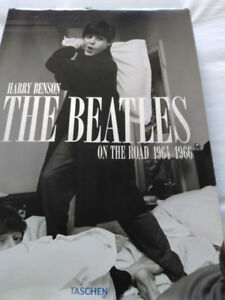 BEATLES COLLECTORS BOOK