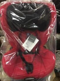 NEW NEVER USED CASUAL PLAY WAVE CARSEAT