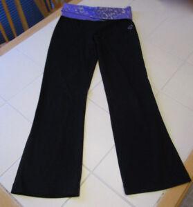 "Girls Aeropostale yoga pants in size Medium (26"" inseam)"