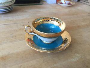Tea Cup & Saucer Blue Crackle Sutherland China