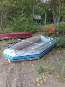 Quicksilver 380 inflatable and motor