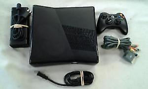 XBOX 360 with 20 Games !!!