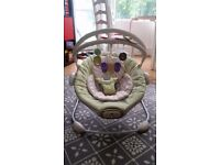 Baby Chair - Chicco bouncer