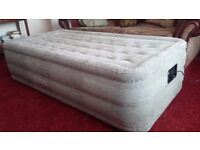 Intex Fastfill integral pump airbed