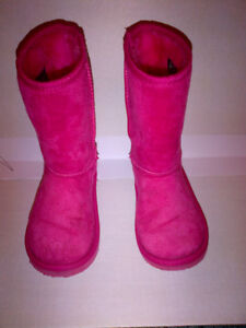 Deal $9 for Girls PINK Fuggs Winter Boots Size 10 in MINT