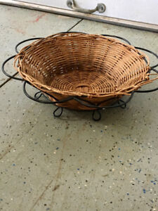 Decorative wicker bowl.