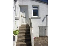 TO LET - 6 Dundas Street, Townhill, Dunfermline, Fife, KY12 0EJ - spacious 3 bed house rent garden