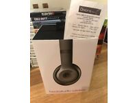 studio 2 wireless beats headphones MINT CONDITION