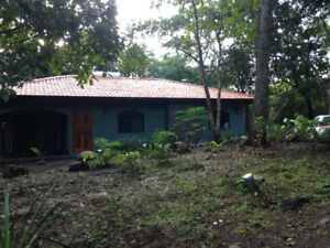 Costa Rica, 2 bedroom house in tropical forest. Close to beach
