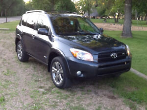 Beautiful !!  2008 Toyota RAV4 V6 Sport -Reduced!!!