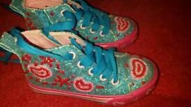 Bundle of girls shoes infant 8 /9