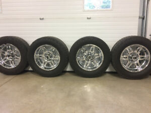 XD series rims and tires