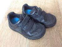Clarks boys black leather trainer/shoe