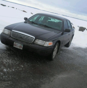2009 crown Vic mint condition
