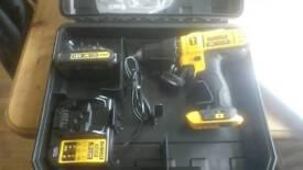 Dewalt 18v wr lithium ion combe drill
