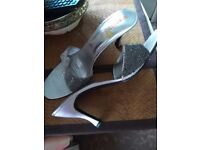 Size 7 sandals silver heels