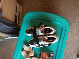 Shimano Bike shoes, bike computer and gloves