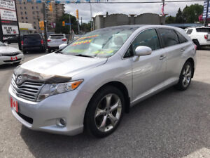 2011 Toyota Venza LE AWD LIMITED...CAMERA, PANO ROOF..MINT COND.