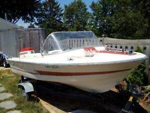 """Reduced""  16 foot Larson Runabout"