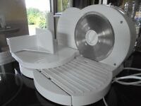 Cookworks food slicer, only used once, as good as new