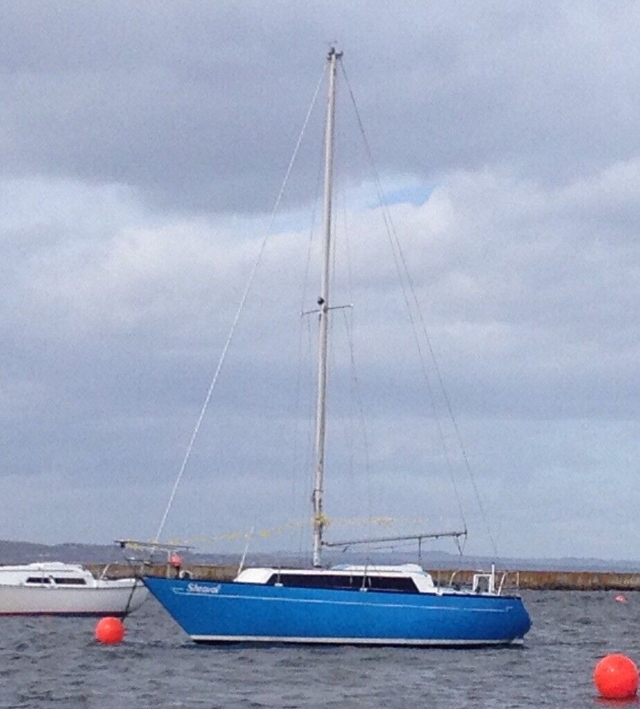 Mirage 28 sailing boat for sale