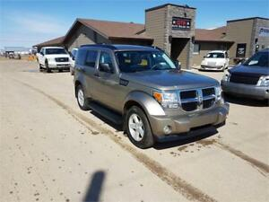 2007 Dodge Nitro SLT 4x4 *DVD SYSTEM WITH HEADPHONES, SUNROOF..*