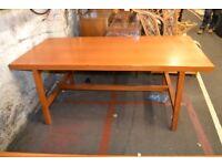 Large Solid Desk GT 723