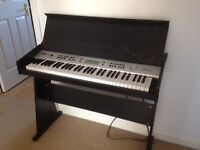 Electronic Piano DISC - AK-818 Keyboard with Stand by Gear4music, Black Details