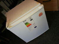 Igloo 47L mini table top / bar, fridge refridgerator with small freezer compartment