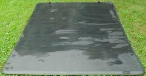 tri-fold tonneau cover